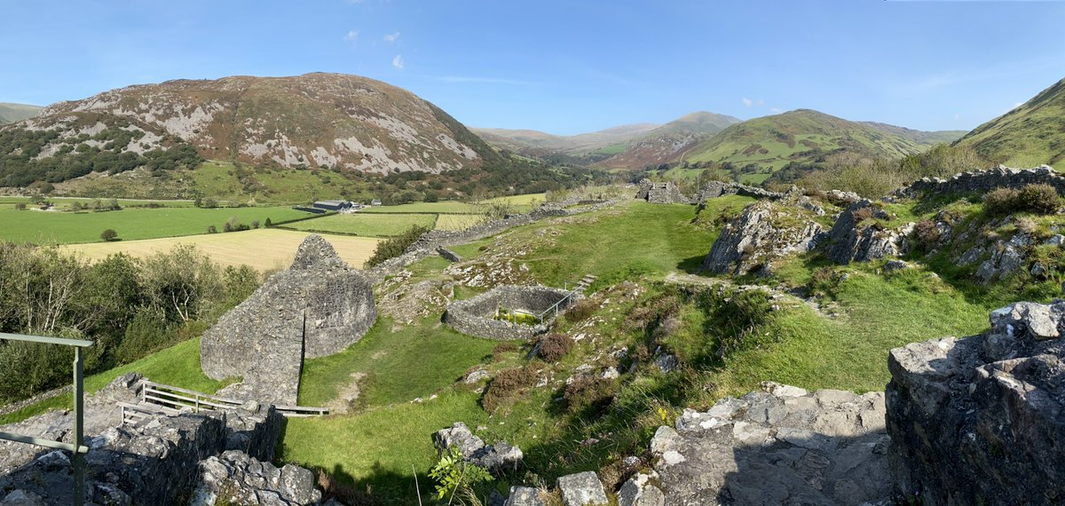 Beautiful views from @cadwwales Castell Y Bere