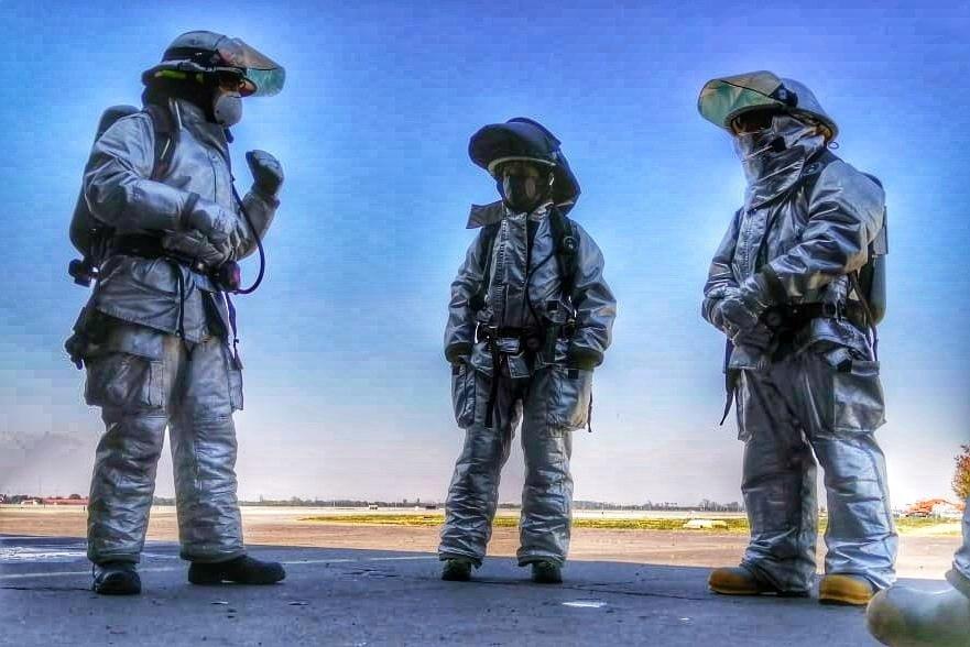 ¡Siempre alerta!  #Bomberos de aeropuerto #SSEI #ARFF #RFF #CREI #SSLIA https://t.co/rcx83u2cyE