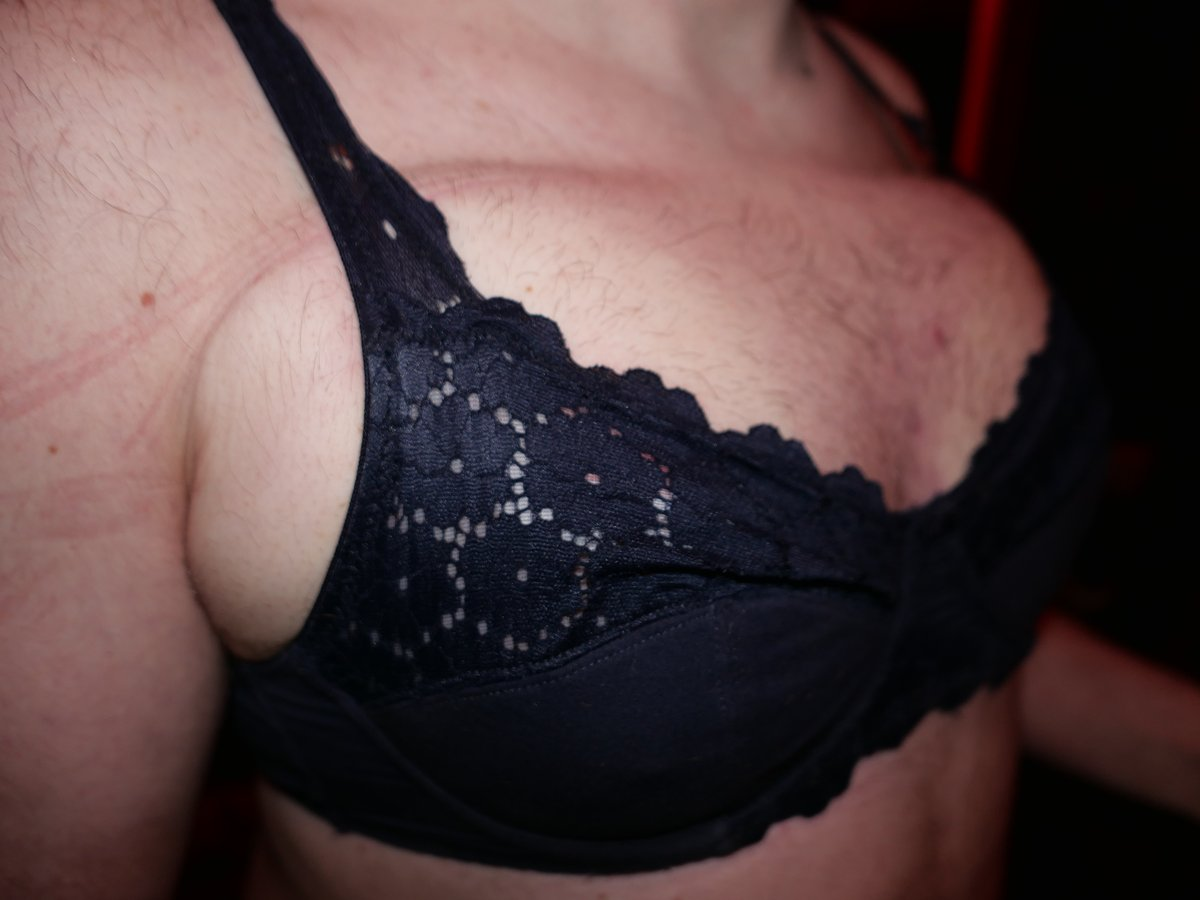 #MedFet #SalinePlay #SalineInfusion #BreastEnlargment #BodyModification  2 young men happily went home with real breasts. Cup size B, 1000 ml NaCl in each breast. https://t.co/hcKOoHDEBF