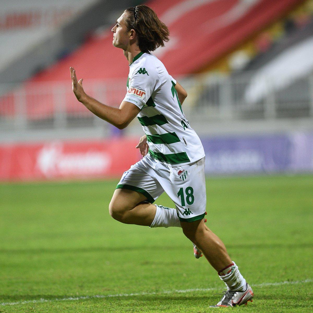 🐊Ali Akman'ın gol sevinci https://t.co/X8j1h1H8N9