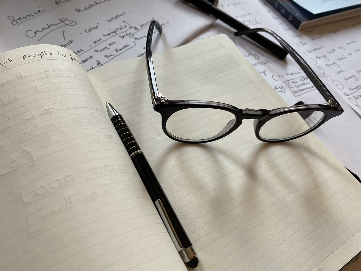 #creativegenius at play! Working on #instagram #social media #pen #paper #notebooks #website brainstorm - love the simple life #SaturdayVibes #weekendfun https://t.co/aft9ZEHxtX