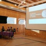 Image for the Tweet beginning: Can Luna acull la presentació