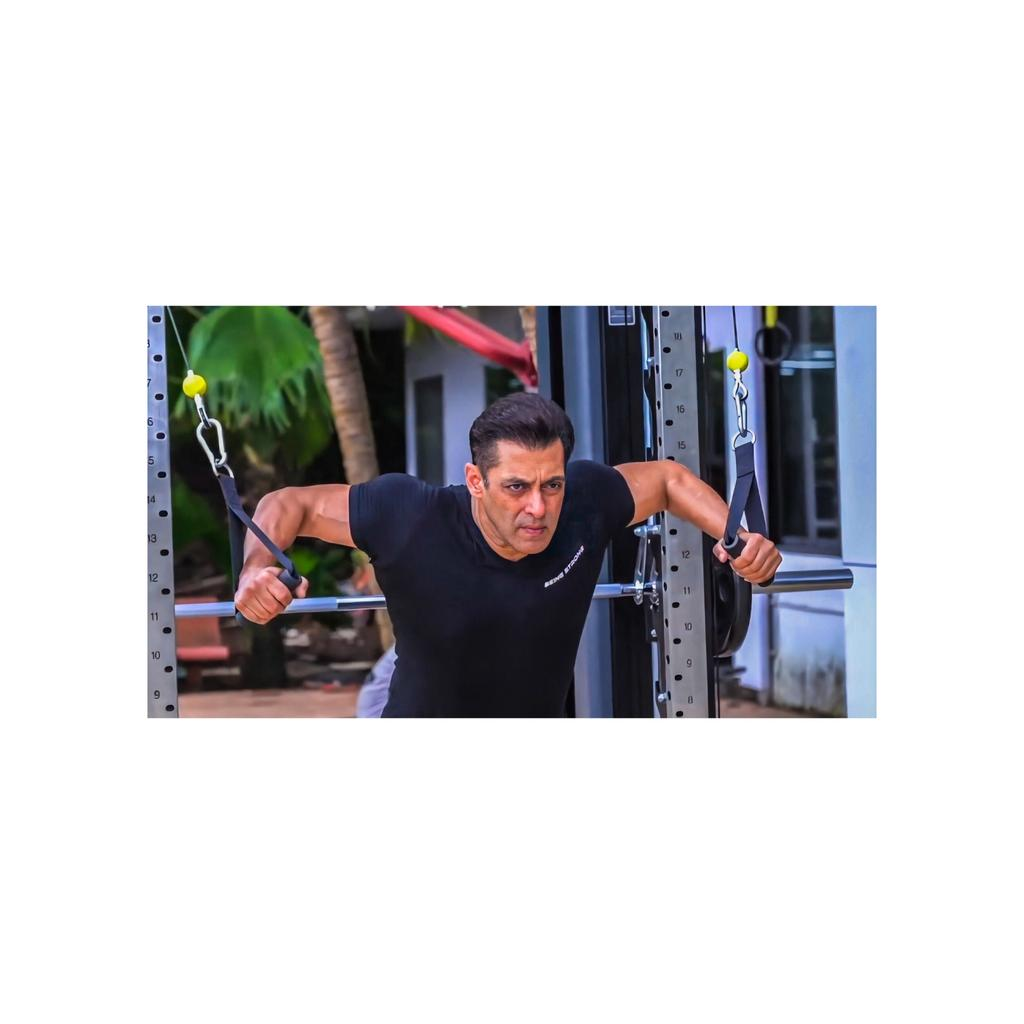#SalmanKhan 🔥🤩#BB14  #beingstong #kabirkhan   #photographers_of_india  #traveller_indian  #beautifuldesinations #exploremore  #createcommune #photooftheday #earthcapture #travelphotography #discoverearth #agameoftones #awesomeglobe #roamtheplanet #earthofficial https://t.co/muG2UCUfKJ