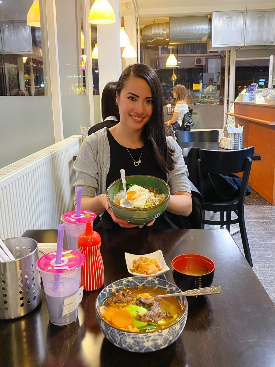 I'm hungry, let's go eat. 😃🍱  Korean Food @ Gamasot. 🇰🇷  Happy weekend. 💟  #GirlBoss #Foodie #KoreanFood #EnjoyLife #NomNom #OOTD #FitGirl #Boba #Yummy #BubbleTea https://t.co/wY0wLOFY3f