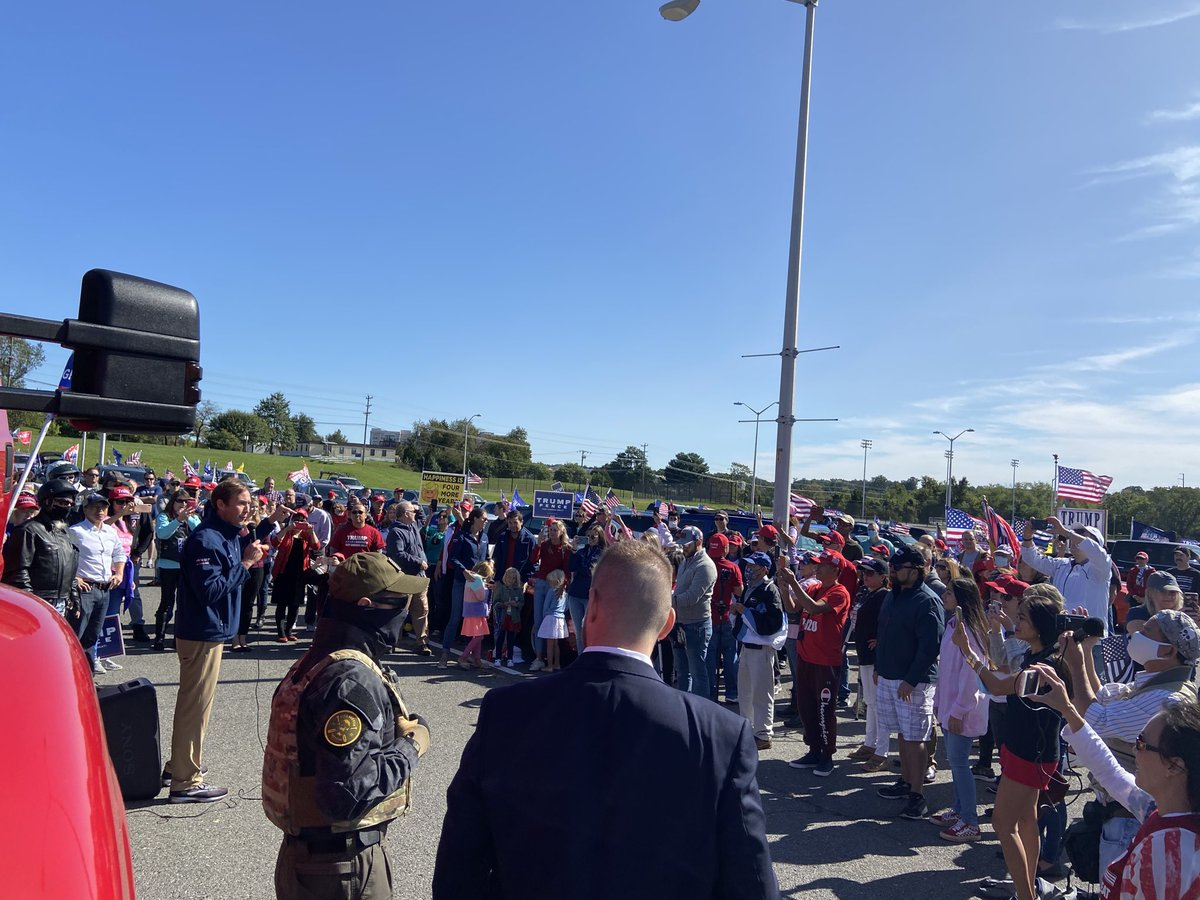 What a crowd here at our Trump Car Parade! @TommyHicksGOP is letting everyone in Virginia know that we are here to win this election! #DominateTheDominion #LeadRight