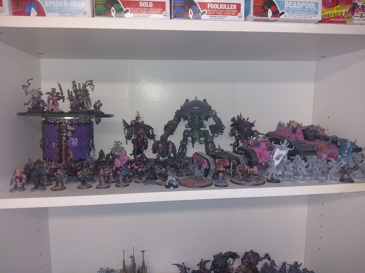 While I hold out on #EmperorsChildren getting plastic models, I still have a decent sized #Slaanesh theme'd #chaos force. Mostly Renegade guard army that #Forgeworld I hope updates the list for (plz @WarComTeam?). Renegade Knights from House Devine are there for fire power! #40k https://t.co/IHXqbR6xEn