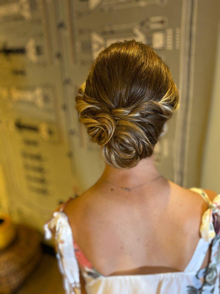 Bridal Hair Styles by WPI #ArtisanKathleen.  Prepare For Battle with WarPaint International 😍🖤 https://t.co/ai4Pnj1cKt  #weddingday #bridetobe #minnesota #minneapolis #beauty #hairstyles https://t.co/TAdCdRFYst