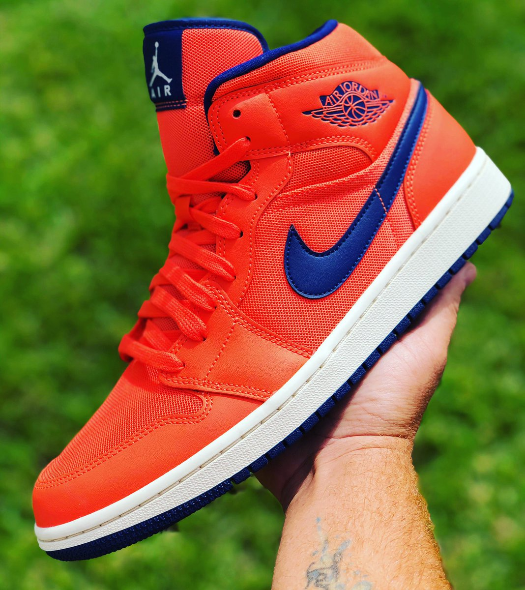 "Jordan 1 ""Turf Orange and blue"" Ds Og all Size 10M Link in Bio‼️ ☢️☢️☢️☢️☢️☢️☢️☢️☢️☢️☢️☢️☢️☢️☢️☢️ #sneakerhead #sneakergallery #sneaker #yeezy #jordans #offwhite #nikeshoes #adidas #airmax #csworlds #airjordan #jordan1 #csworldkicks https://t.co/Wd8G8AI1jp"