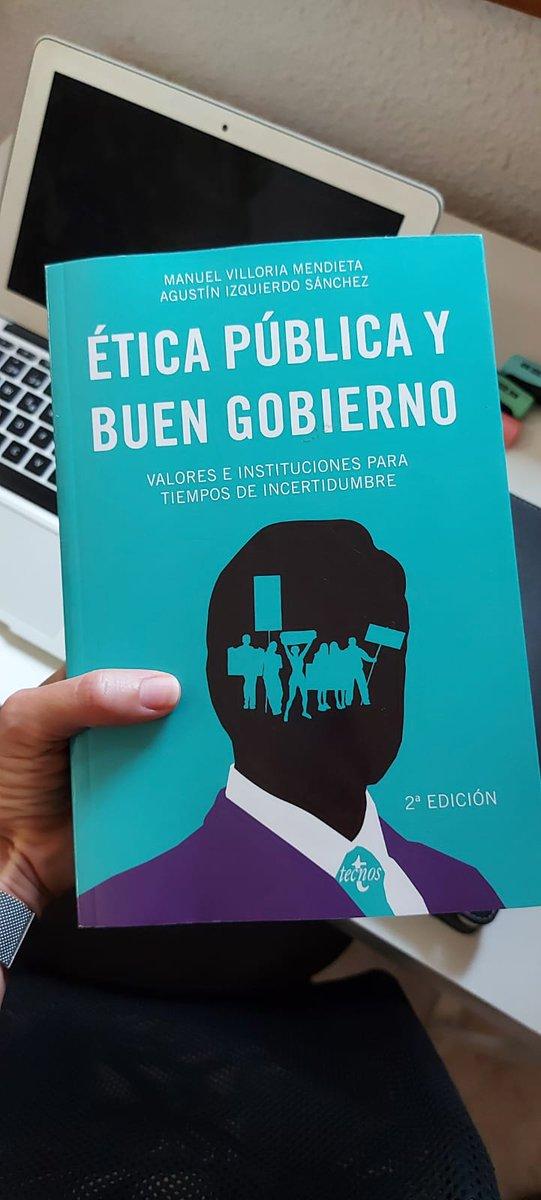 Segunda edición,  con muchas cosas nuevas. Para tod@s los públicos. https://t.co/r8NluNXGJB