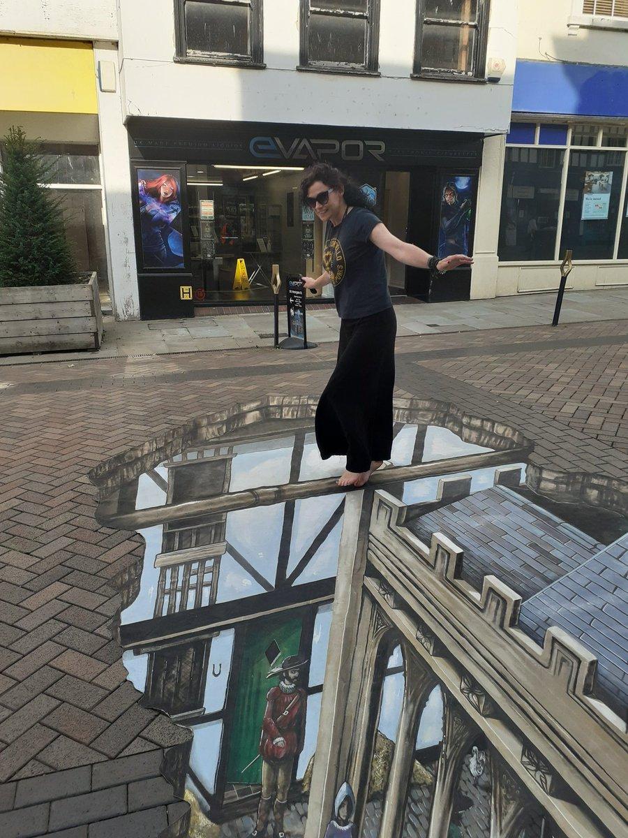 Don't look down! Revisiting interactive #archeology on Westgate Street, #Gloucester... @GlosHistFest @3DJoeAndMax @GlosCivicTrust #CathedralQuarter #HistoricEngland https://t.co/04bs5gehaM