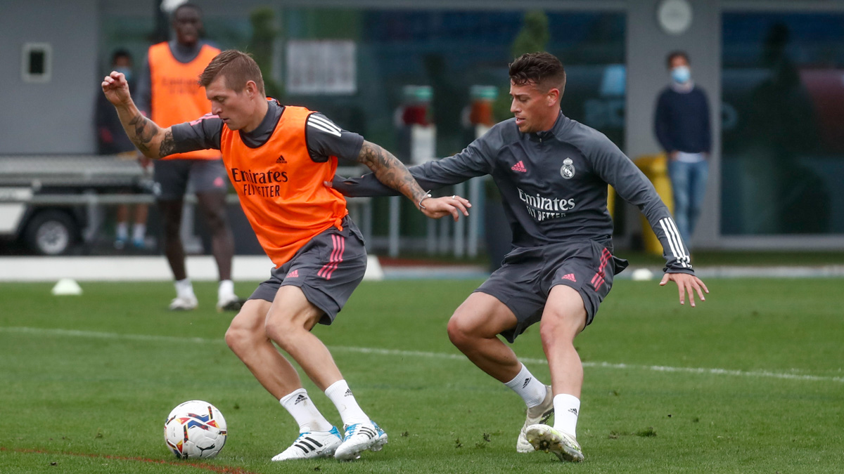 💯 Saturday vibes! #RMCity | #HalaMadrid https://t.co/5y1JgdvdFu
