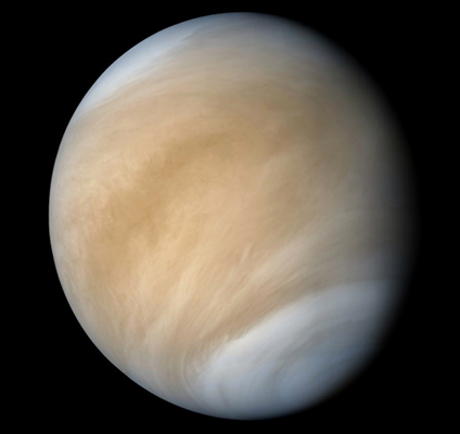 When we speak about microbial life in Venus we refer to life in top clouds not in its surface where the temperature is about 450 celsius, the atmospheric pression 90 atmospheres and probably rains sulfuric acid. Images: Akatsuki JAXA/Venera 10 processed by @tsplanets https://t.co/WS251LVzn6