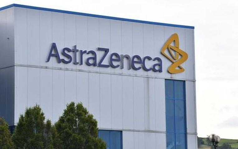 AstraZeneca realizará ensayos clínicos de su vacuna contra la COVID-19 en Perú ► https://t.co/14IxJgeibf https://t.co/pBDQ5NeyEb