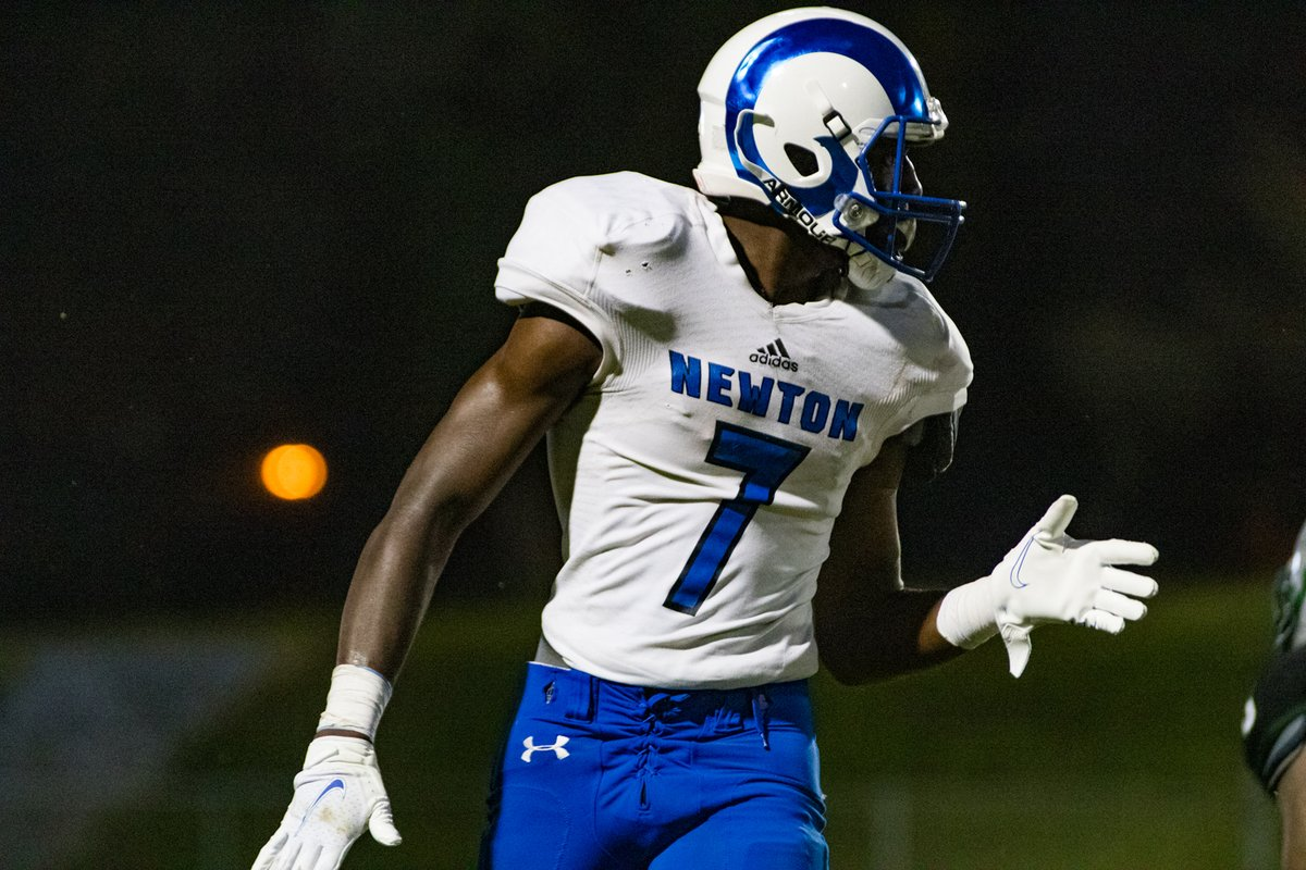 Nijay is one of the best kids I know. He was one of many seniors in Rockdale County in need of more film in order to earn a football scholarship. Couldn't be more happy knowing that he'll get that chance playing at Newton. https://t.co/NRP4gYg8O2