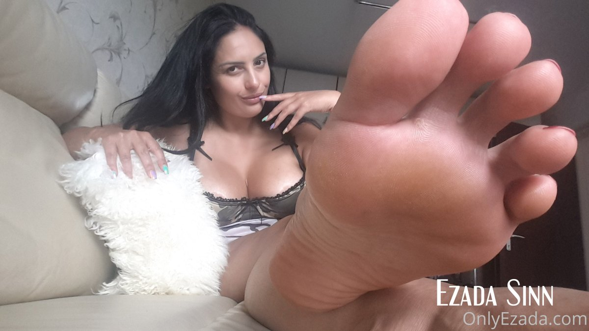 """Focus on My toes until your vision goes out of focus. Keep focusing on the """"dancing"""" footprints on My soles while saying out loud in your own language that you belong under My feet.  Mistress Ezada Sinn  Follow: @Mistress_Ezada   Join Slave Training: https://t.co/aX1HyEzGyr https://t.co/p0VI0NSxmD"""