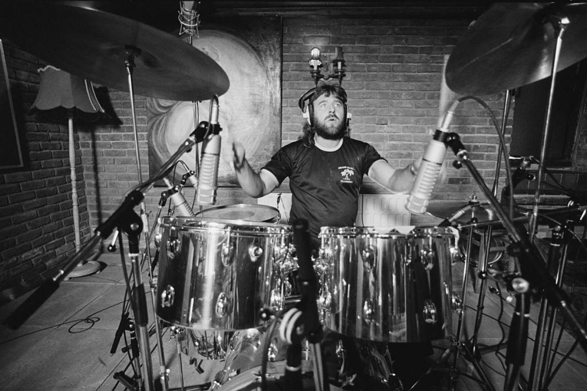 Replying to @lofcr1: Uriah Heep and Ozzy Osbourne drummer Lee Kerslake dead at 73.