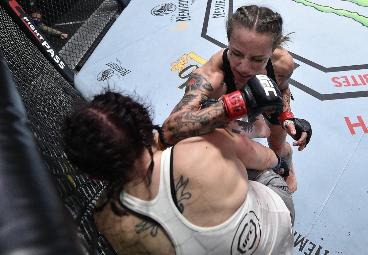 BELL-TO-BELL.  😤 @MissJessyJess dominates in her return. #UFCVegas11 https://t.co/juL7lRtoI2