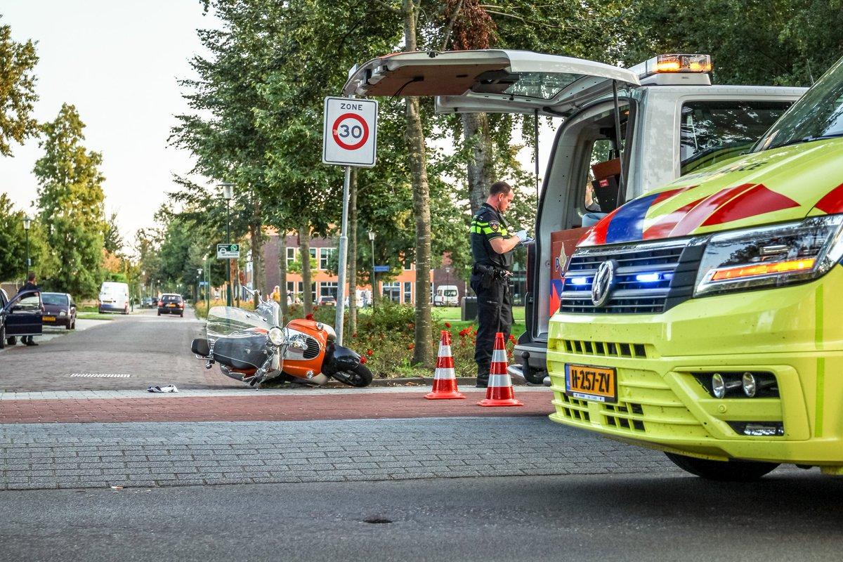 Scooterijder raakt gewond na aanrijding met Automobilist aan de Ringweg in Drachten ..