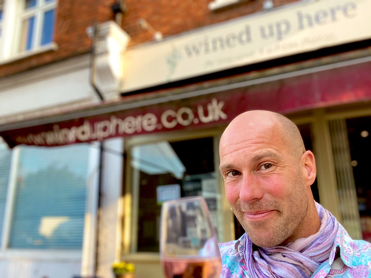 Wine alert!.. I bloody LOVE @Wineduphere! If you're near #kingstonuponthames go say hi to Charlotte. She's always got a bottle or two open! 😊 I still see this is our local independent wine shop even though we live in Bristol! And I LOVE buying #wine here. #norbiton #wineduphere https://t.co/2RwfXEqrVk