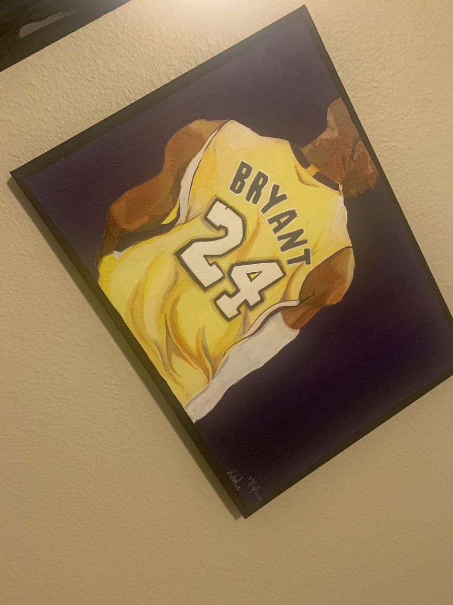 How dope is my sis making this for me for my birthday 🙏🏾 #RIPKobe https://t.co/x7u5huLKFy