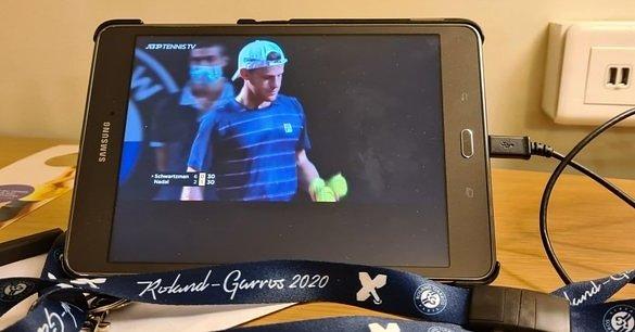 Ni la exleyenda del tenis, Javier Frana, se pierde el partido entre @RafaelNadal y @dieschwartzman. 🤩  📸: Tw @javifranatenis  #ATPTour #schwartzman #nadal #tenos #Masters1000deRoma #ATPRoma https://t.co/UMdbTX5tuS