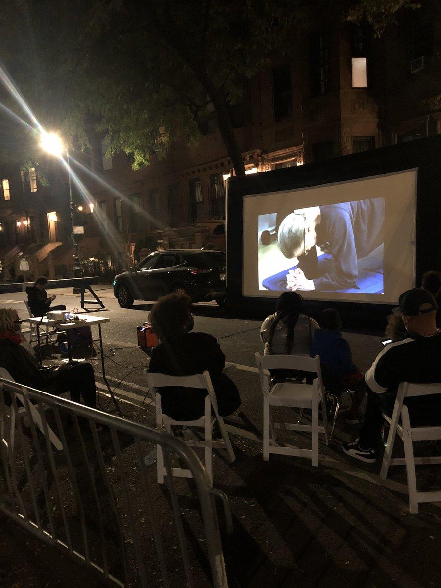 My Harlem neighborhood block association showing #RBG movie by @Betsywest & @FilmmakerJulie - not a dry eye on the street RIP https://t.co/KRQhUwBn6X