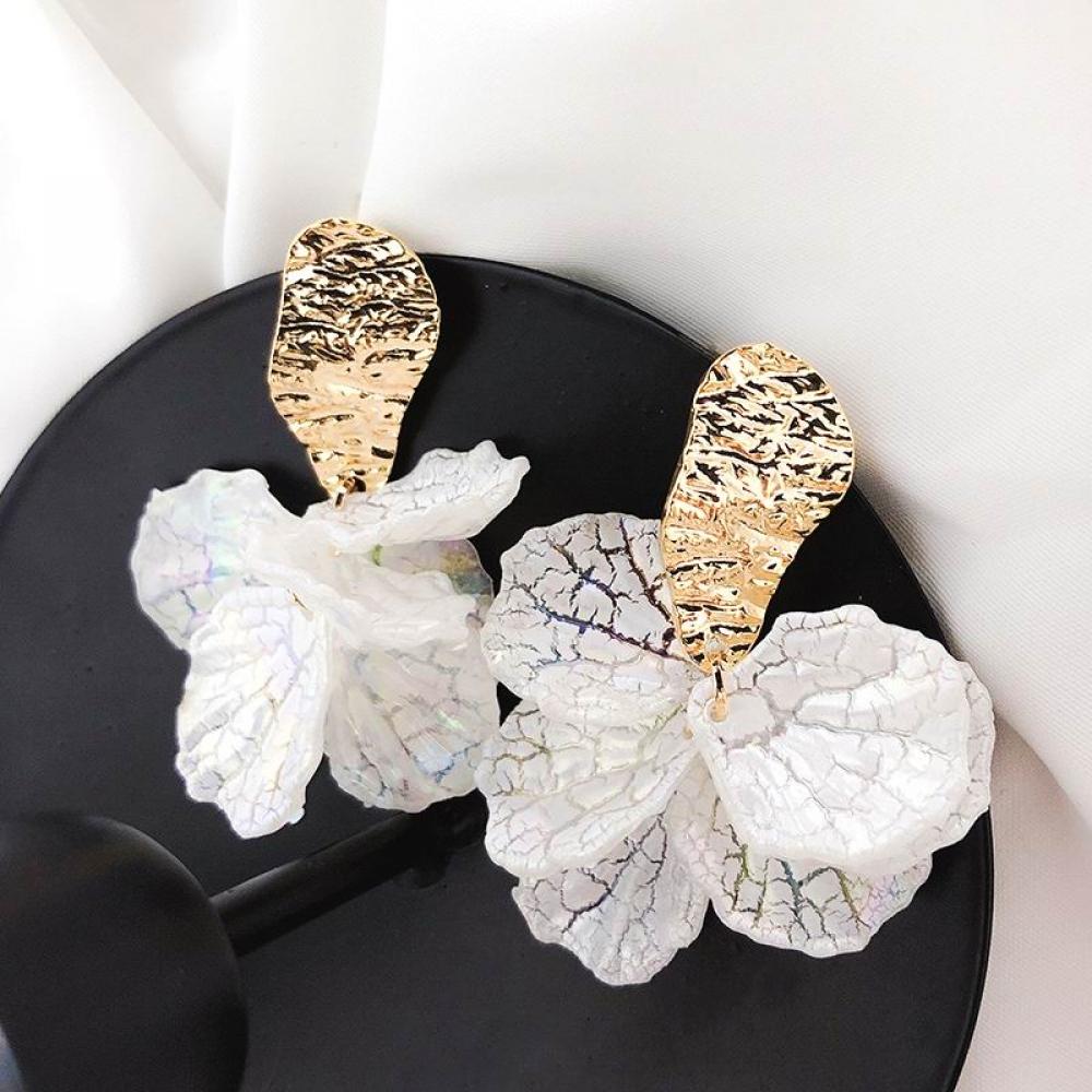 Korean Style White Flower Drop Earrings  #deal #style #bestshopping #shoppingdaily #worldsales #shopping #onlineshopping  https://t.co/yimliSxTyY https://t.co/qI3Wwl0wK7