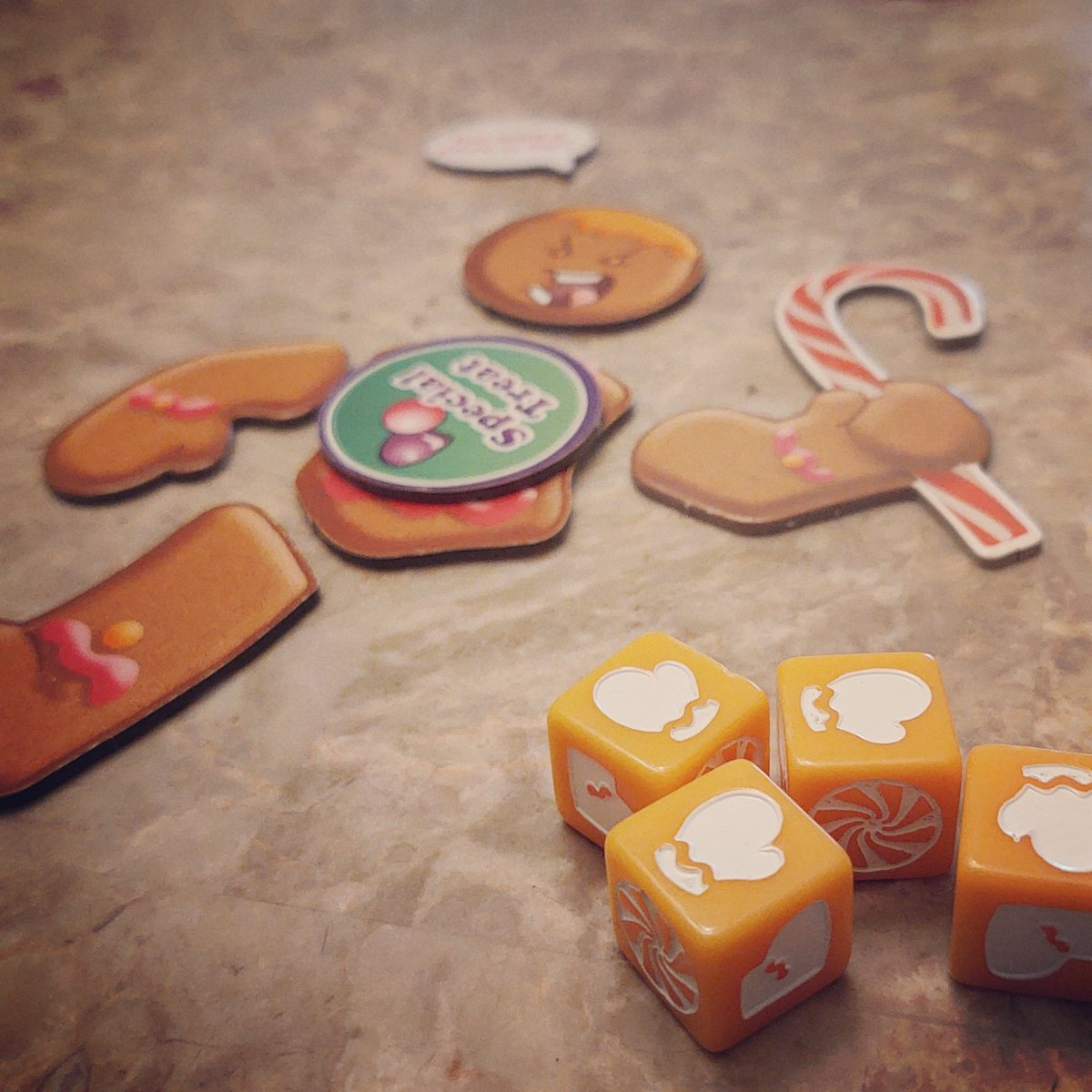 A quick game of Roll For Your Life, Candy Man! Good, crazy, dice-chucking fun!! @SmirkandDagger #boardgames #gamenight #familygames #gamingwithkids #dice #dicegames #rollforyourlife https://t.co/vPkzPmeKso