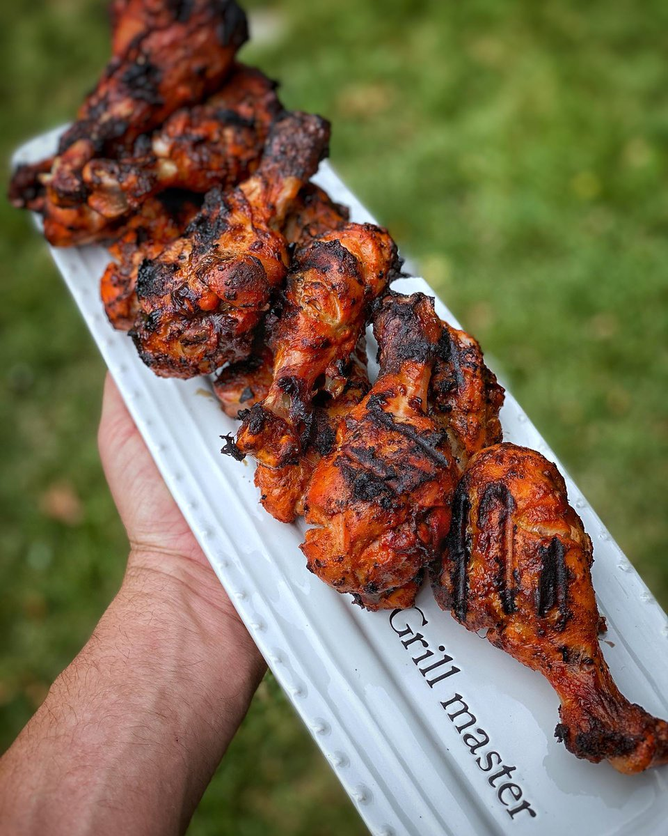 Marinated drumsticks are an easy and delicious meal. What's your favorite chicken marinade recipe?   📷 by @izzygrillz: Tandoori chicken grilled on my @chargrillergrills Akorn, marinated in kwikmeal tandoori and cooked over bbcharcoal hickory lump charcoal! #chargriller #chicken https://t.co/J1mkNo2nqd
