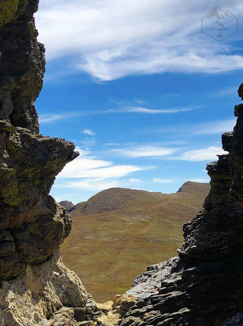 That #Colorado Sky 😍  #nature #naturephotoshoot #photography #photo #Adventure #neature #roadtrip #adventurelife #adventureseeker #adventurephotography #adventuregram #adventuremore #colorado #rockymountains #rockymountainnationalpark #hiking #highaltitude #nationalpark https://t.co/16uYTx7Myv