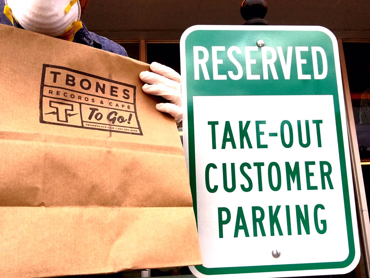 It's as easy as  Order online: https://t.co/BGqOSRFHIX.  Then pull up. And #PICKUP  #CURBSIDE 601.583.0099 https://t.co/KqxUsZak7g