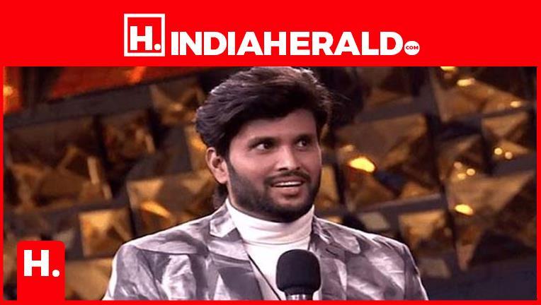 అతనికి బిగ్ బాస్ హౌజ్ లో ఉండే అర్హత లేదా..!  #biggboss-season-4   #indiaherald  #indiaheraldgroup #Movies-IndiaHerald #TeluguIndiaHerald #shami-IndiaHerald  https://t.co/CzvsL6P9YW https://t.co/tFsKUTDUXt