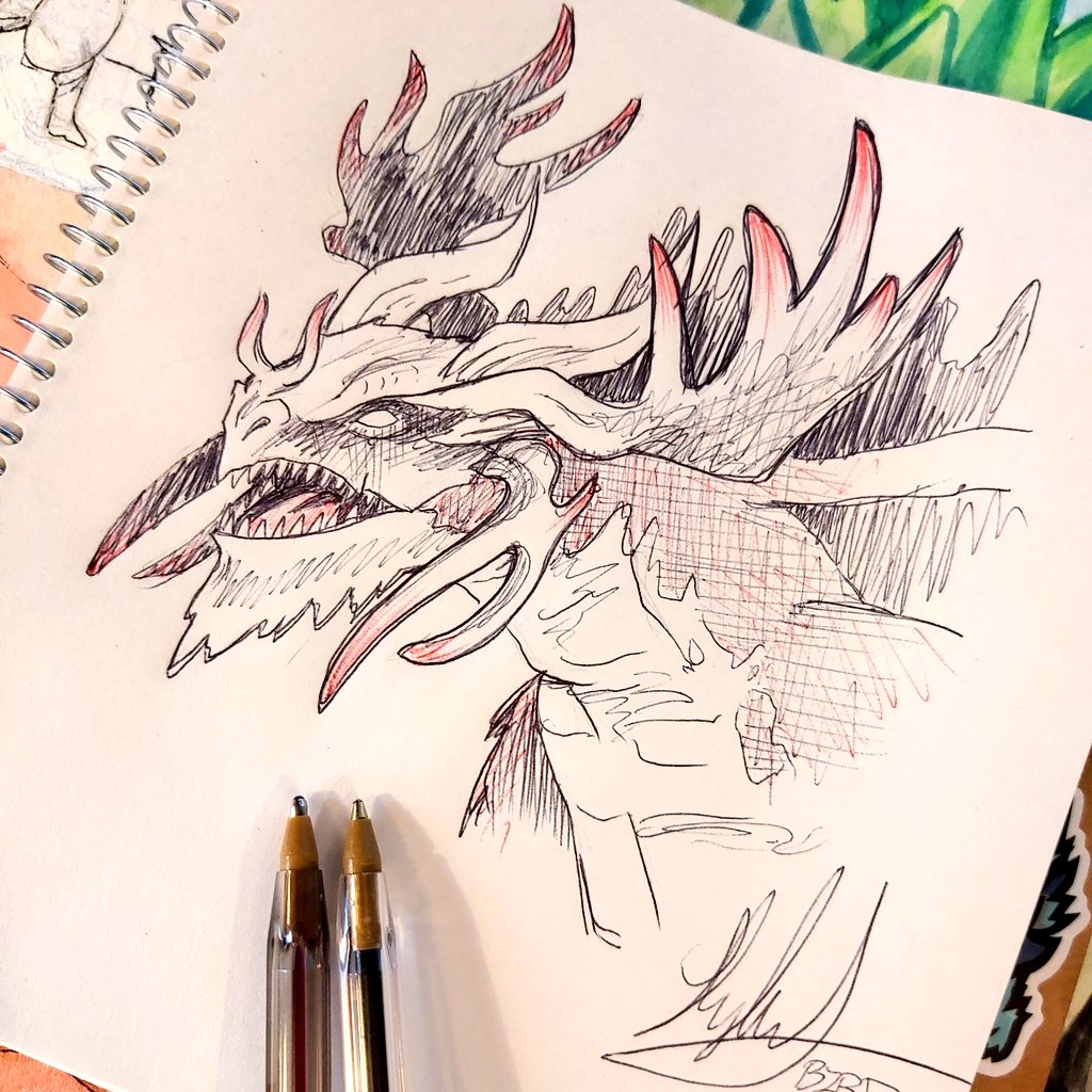 Today's warmup is the dragon lord Atarka. I like his antlers #sketch #warmup #mtg https://t.co/M38jnYwZYL