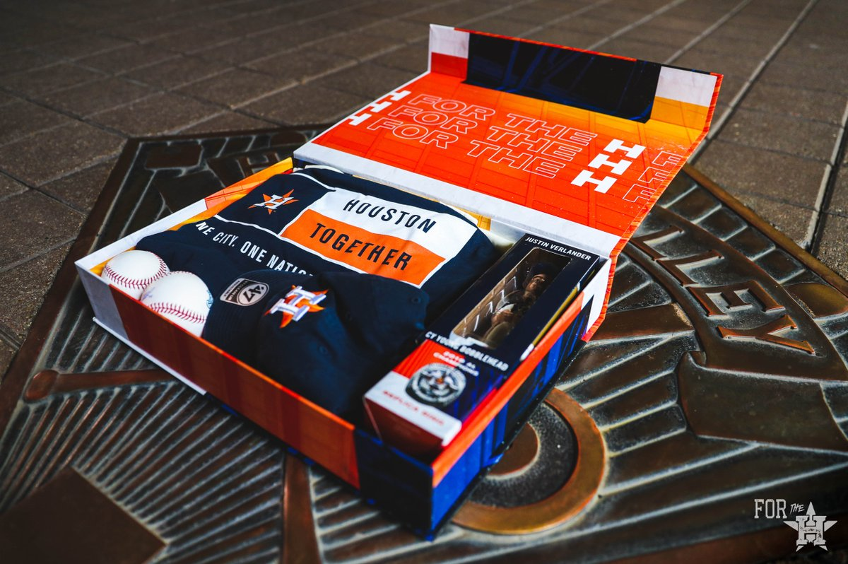 Clinched a playoff spot!   RT to win this exclusive #Astros prize pack!   #ForTheH https://t.co/sD6MqQZd2A