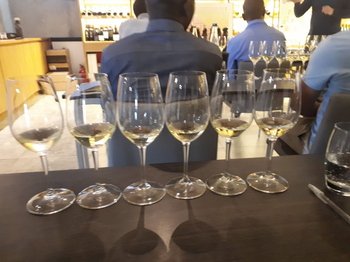 One year ago tasting Italianwines with Zim Somms at Idiom wines https://t.co/L0yQtHxw4O