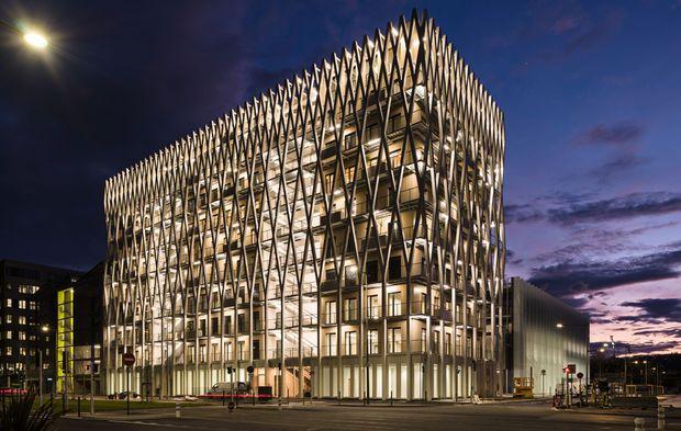 A #Nice, le Palazzo Méridia devient le premier immeuble tertiaire de niveau #E3C2 de France #E+C #PerformanceÉnergétique https://t.co/rIqHK61jsf https://t.co/5uUbDz6MqZ