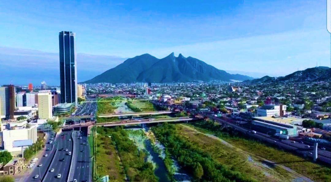 Hoy cumplo 424 años, la mejor Ciudad de México, le duela a quien le duela. #Mty #Monterrey #Regios https://t.co/uzCpLVyith