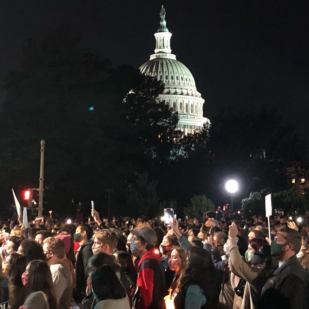 I have been in D.C. for about 13 years now, and I have never seen a bigger crowd in front of the Supreme Court. Ever. Nothing comes close. #RBG https://t.co/hyT0bhGHNA