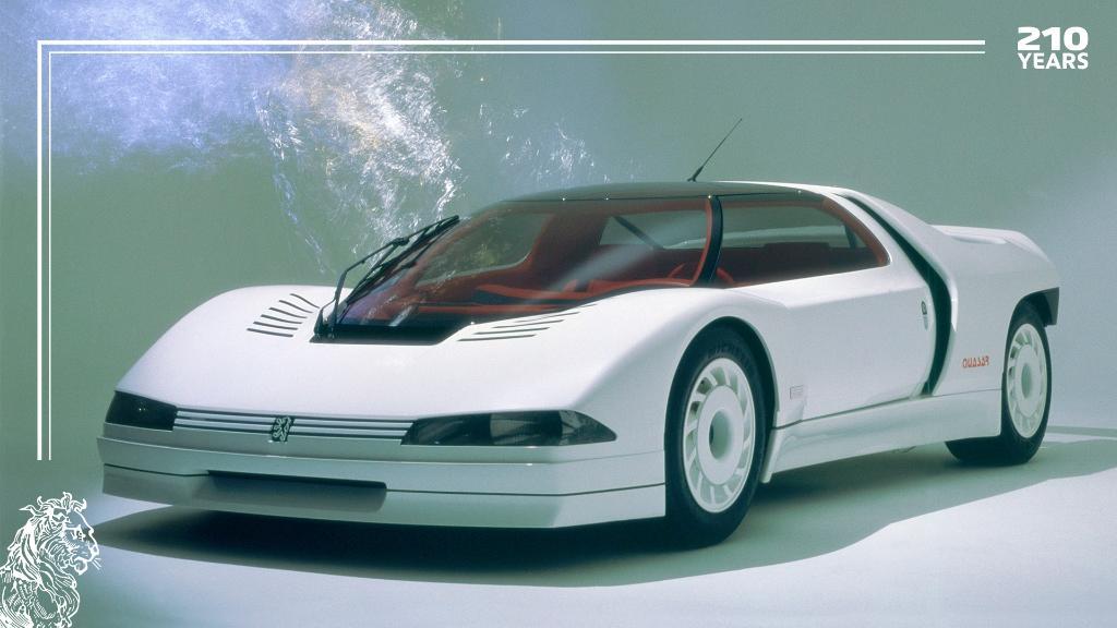 De toekomst, vanuit het verleden gezien. De #PeugeotQuasar, onze eerste Concept car. #210YearsWithPeugeot https://t.co/YIo6DwIWBw