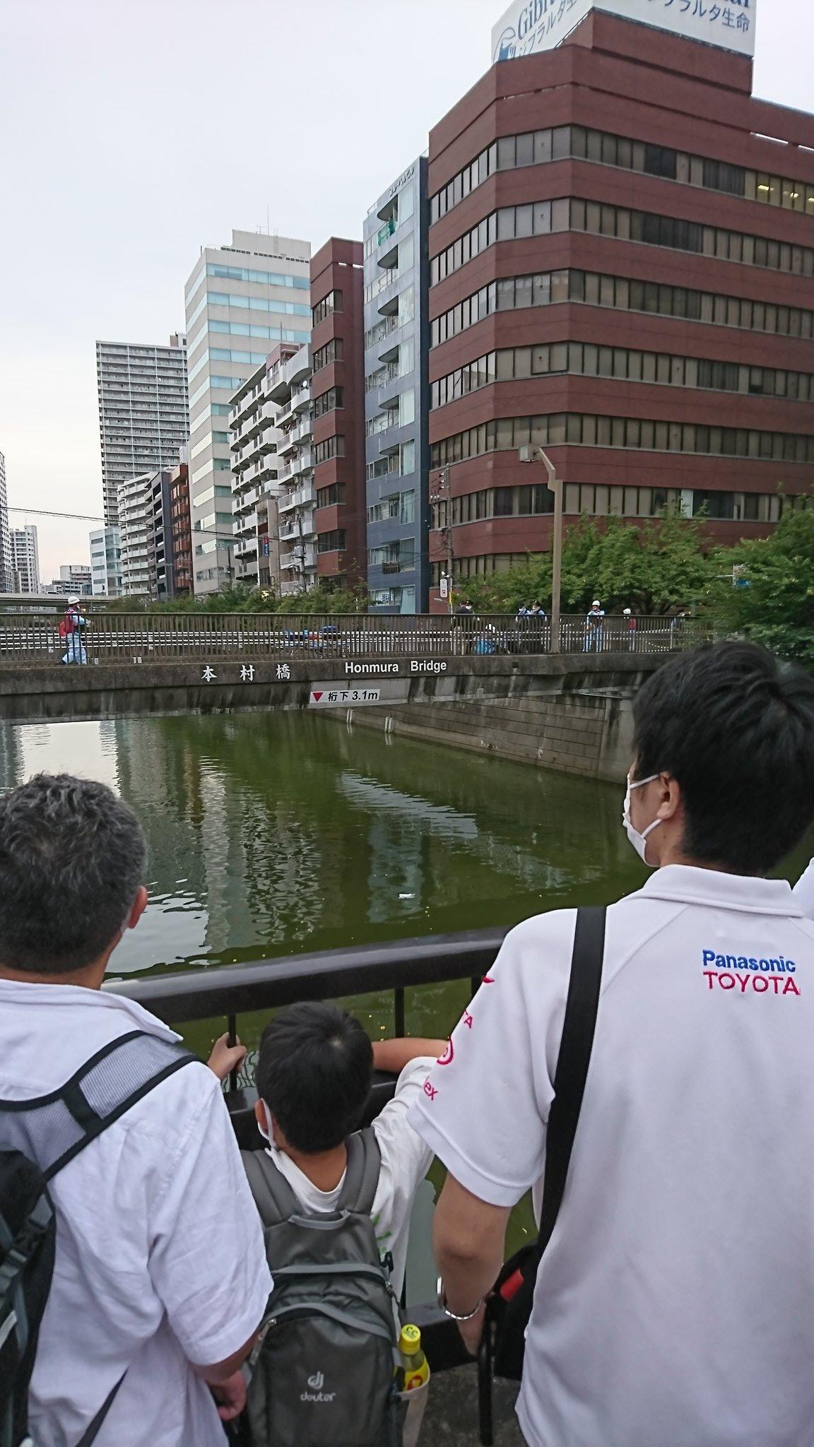 五反田駅付近の目黒川の事故現場の画像