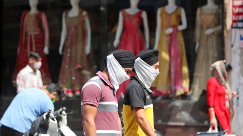 India set to overtake US as country worst hit by coronavirus within weeks itv.com/news/2020-09-2…