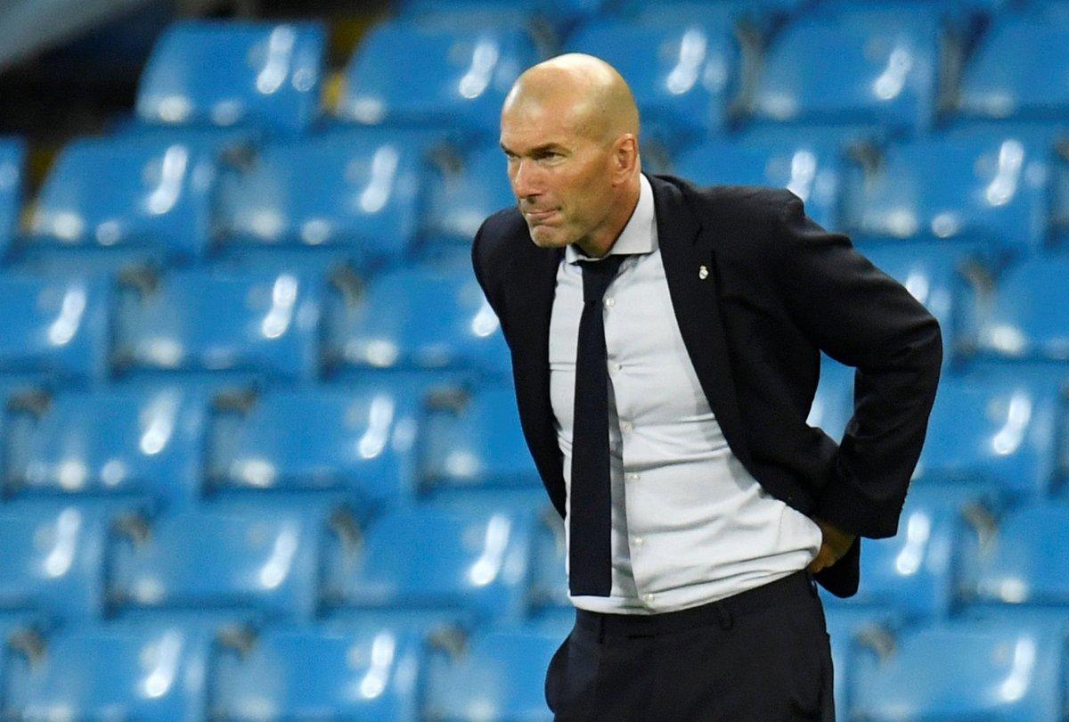 🚨 Avería en el avión del Real Madrid. Se retrasa la salida hacia San Sebastián para su debut en la Liga https://t.co/pNkf3Lruju