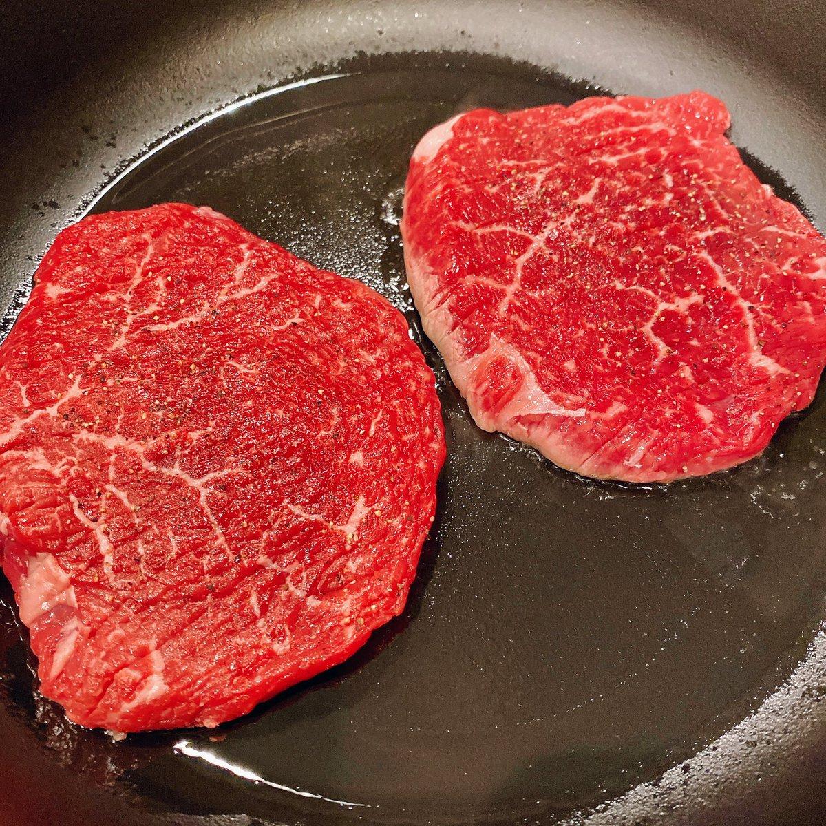 まぁ、今日は肉だよな
