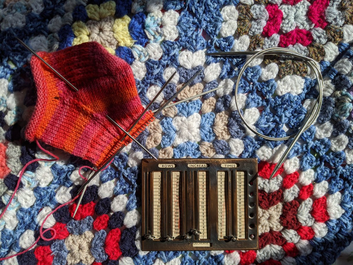 Taking the 'knit' literally for #ObjectMemories: I took up knitting as stress relief last year (good timing). These 3 things - the double pointed needles, circular needle, and gauge/row counter - are all from my great granny's knitting bag, and I use all of them regularly. https://t.co/y4hHH1NqYw https://t.co/DyxrHB6yCd