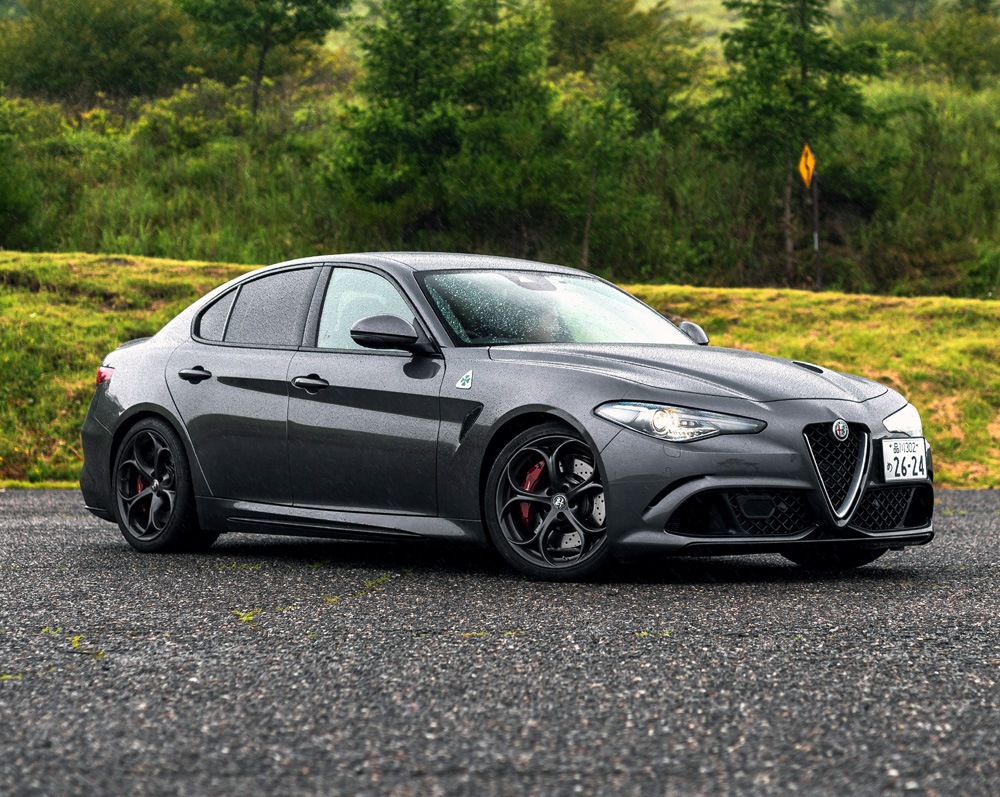 Finding Middle Earth in Japan in an @alfa_romeo Giulia Quadrifoglio.  Read Ken Saito's review on AlphaLuxe!  https://t.co/S3wzrwz994  #alfaromeo #giulia #quadrifoglio #sportscar #carlife #cars #auto #automotive https://t.co/otgyGIOf4K