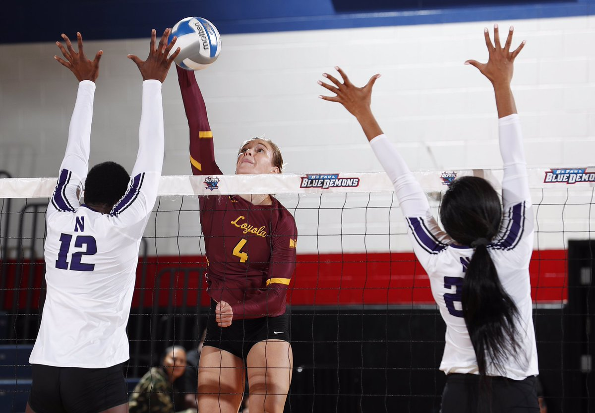 On this date in 2019, @HeatherKocken and @AddisonBarnes6 ripped 15 kills apiece to lift the #Ramblers to a 3-2 victory over Northwestern at the Chicago Cup, for their first win over the Wildcats since 2008! #OnwardLU #MVCVB https://t.co/CHW40pMxcV