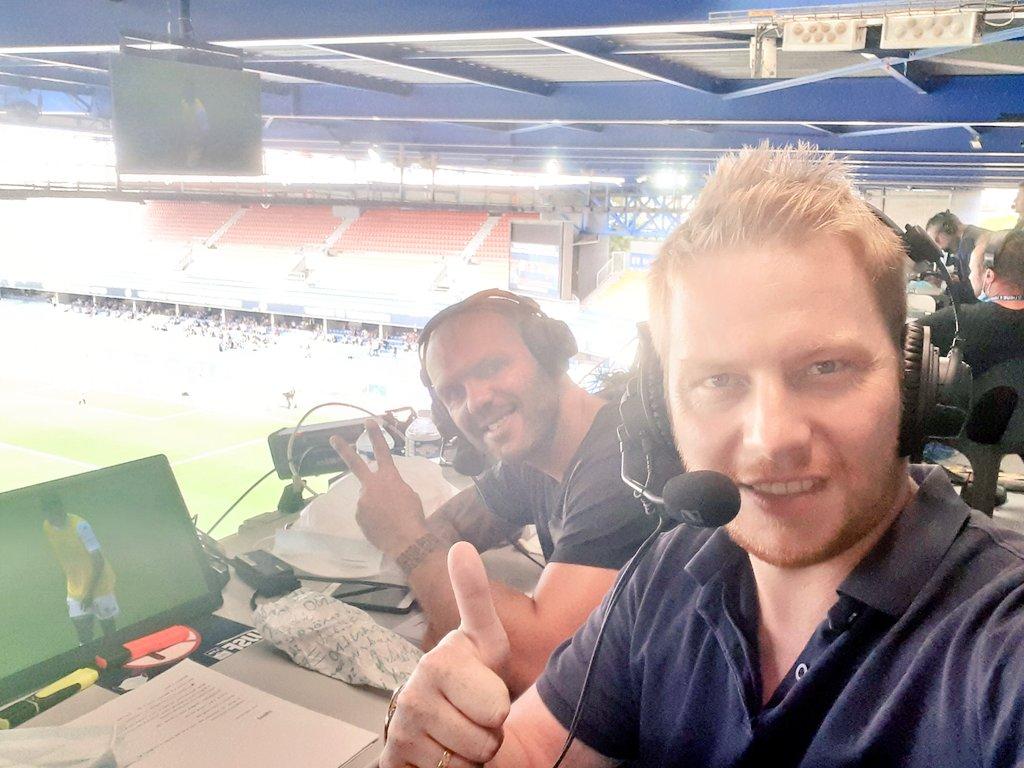 Ils sont là pour vous faire vivre ce #MHSCSCO en direct : @B_Queneutte avec @dernisgeoffrey à la Mosson pour la quatrième journée de Ligue 1 🟠🔵🔥⚽️ A suivre à la radio, sur le site et l'application France Bleu #TeamMHSC #FBsport https://t.co/TjkFaulakG