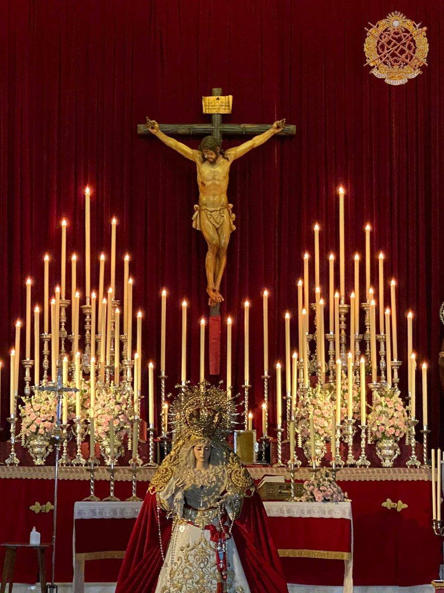 """Feliz domingo, día del Señor  """"Para mí la vida es Cristo y el morir una ganancia."""" Flp.1,21  #LanzadaDesdeCasa  #SomosCaridad #DeusCharitasEst #LanzadaGranada #LanzadayCaridad #Granada #MartesSanto #SagradaLanzada #SemanaSanta #SemanaSantaGranada #Cofrade #Zaidin https://t.co/IrWAN3gbjU"""