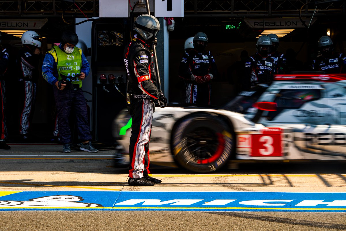 So close to the #LeMans24 podium for @LouisDeletraz - late drama sees his car finish P4 in the LMP1 category.