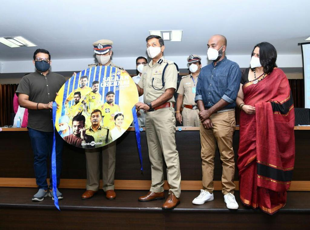 #SalaamChennai  A salute to our relentless covid warriors by  @chennaipolice_ &  @ChennaiIPL was recently released..   @GhibranOfficial  @Avinaash_Offi @dop_sudarshan @lyricist_kN @copmahesh1994 @ImRaina  @deepak_chahar9 @varusarath @aishu_dil @thinkmusicindia @DoneChannel1 https://t.co/T6Eho7fRcR